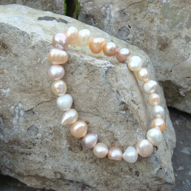 Bracelet en perles biwa différents tons
