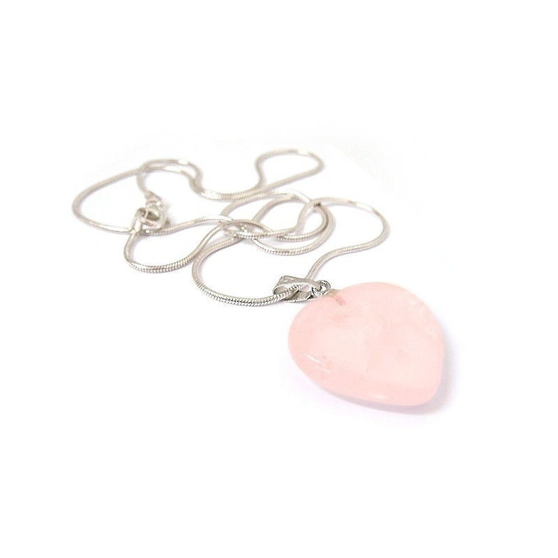 Chaîne avec pendentif coeur quartz rose