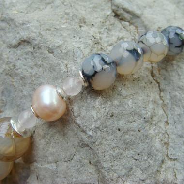 Collier agate veinée, perle biwa et quartz rose