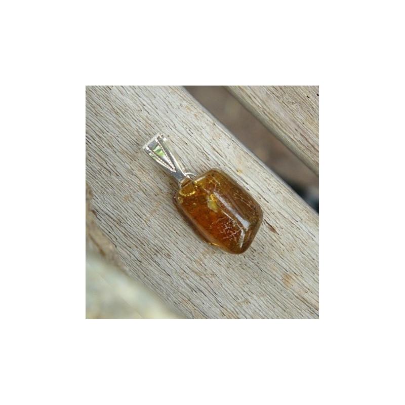 Pendentif ambre roulée