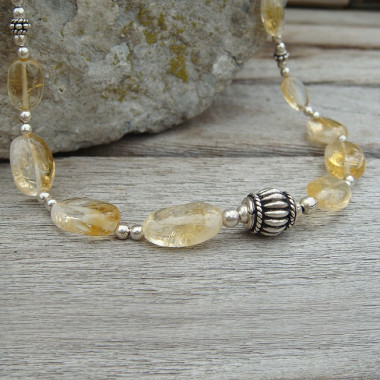 Collier en citrine naturelle