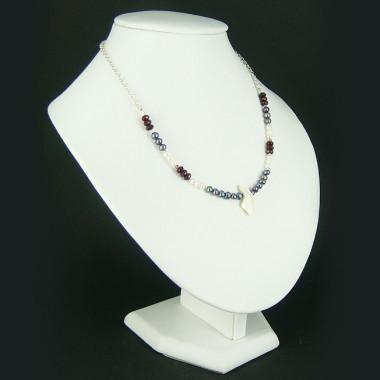 Collier chaîne grenat, perles d'eau douce et nacre
