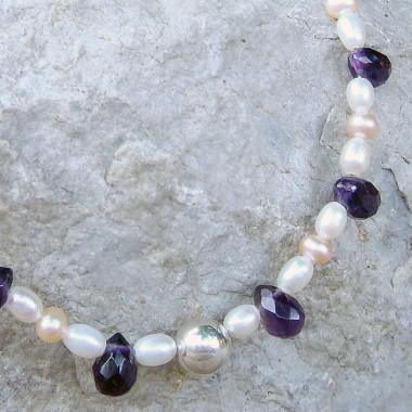 Collier chaîne perles d'eau douce et améthyste