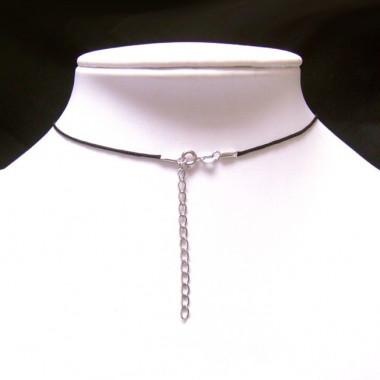 Collier pendentif en perles biwa noires