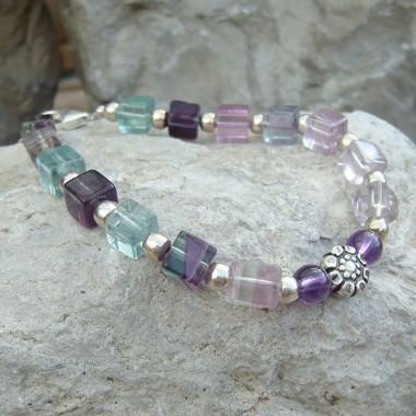 Bracelet en fluorite, améthyste et fleur d' argent