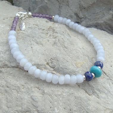 Bracelet calcédoine, lapis lazuli, turquoise et améthyste