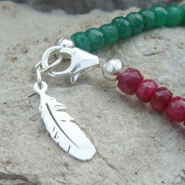 Bracelet en pierre émeraude et rubis