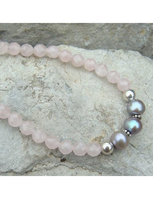 Bracelet quartz rose et perles d'eau douce avec breloque coeur