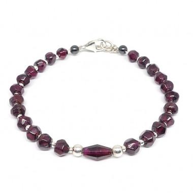 Bracelet grenat, perles facettées