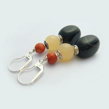 Boucles d'oreilles corail, jade jaune et onyx