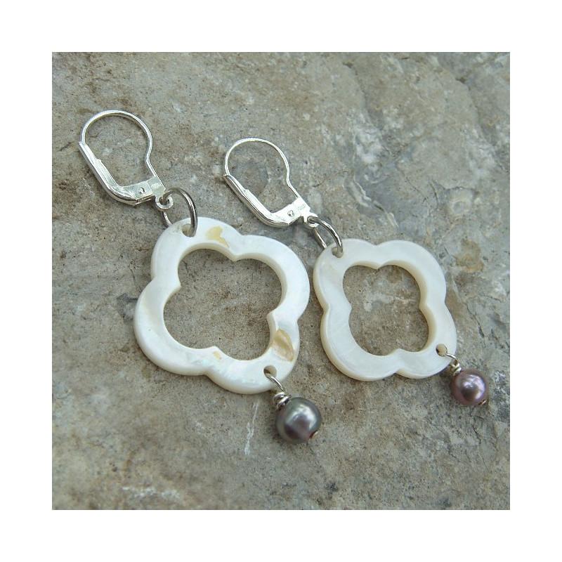 Boucles d'oreilles nacre et perle d'eau douce