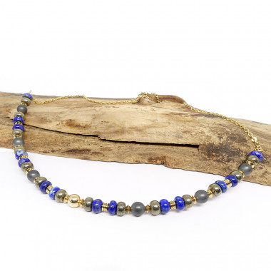 Lapis lazuli, pyrite et hématite