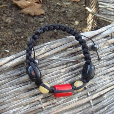 Bracelet shamballa corail, jade jaune et onyx