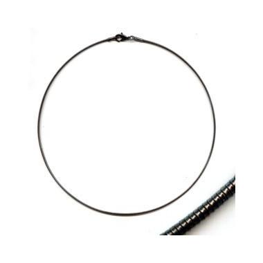 Tour de cou semi rigide noir.